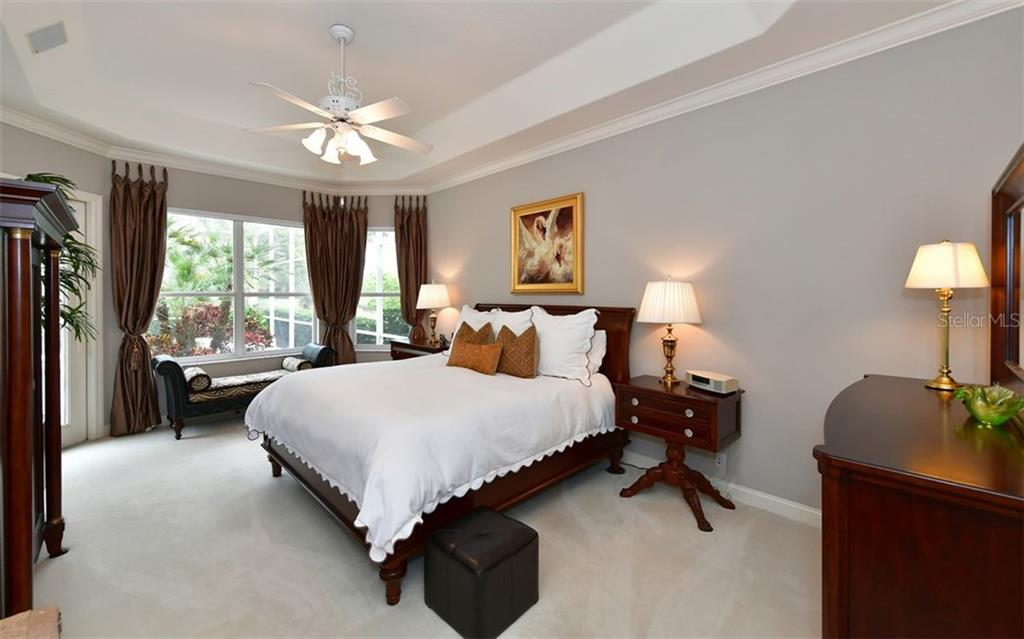Master bedroom - Single Family Home for sale at 574 N Macewen Dr, Osprey, FL 34229 - MLS Number is A4455085