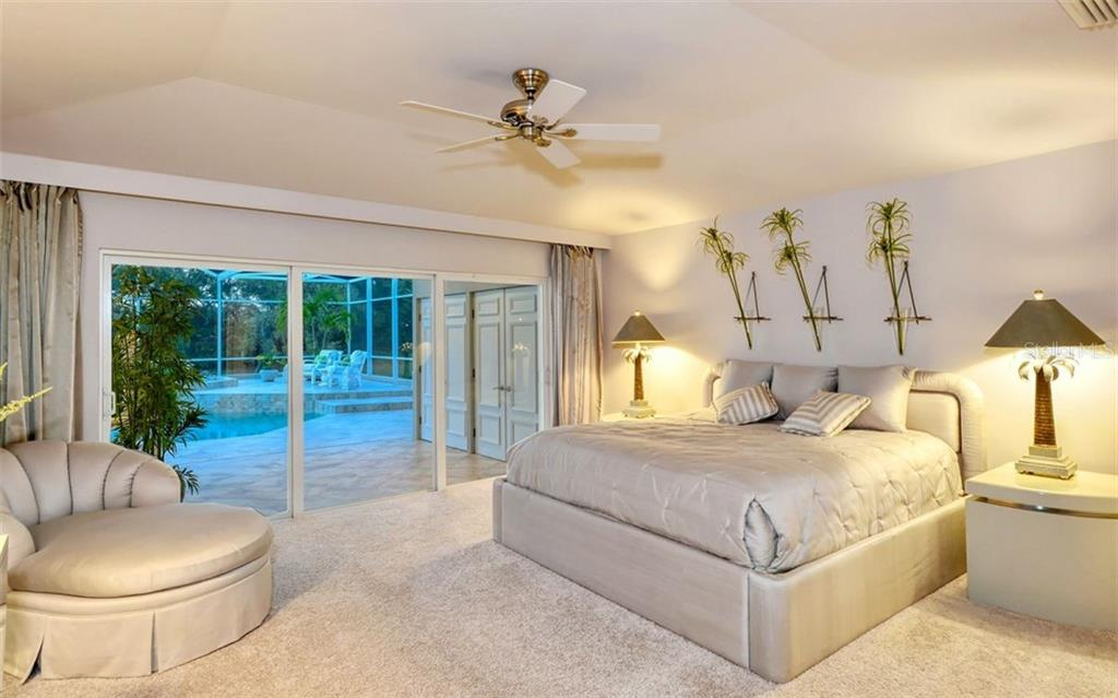Master Bedroom. - Single Family Home for sale at 4177 Escondito Cir, Sarasota, FL 34238 - MLS Number is A4456531