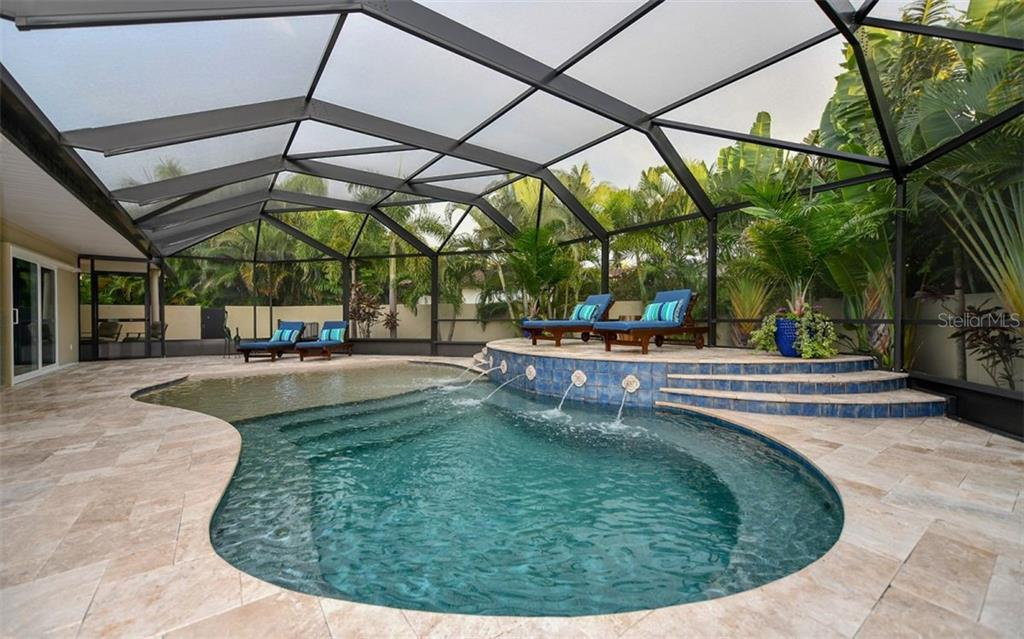 Single Family Home for sale at 440 Pheasant Dr, Sarasota, FL 34236 - MLS Number is A4456858