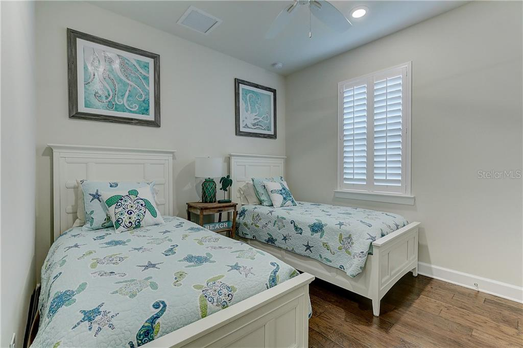 Bedroom 3 - Single Family Home for sale at 6859 Chester Trl, Lakewood Ranch, FL 34202 - MLS Number is A4458594
