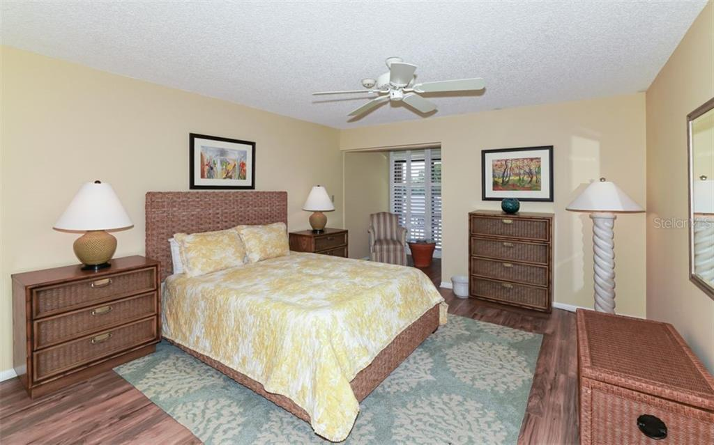 Guest Bedroom - Condo for sale at 5635 Gulf Of Mexico Dr #102, Longboat Key, FL 34228 - MLS Number is A4458745