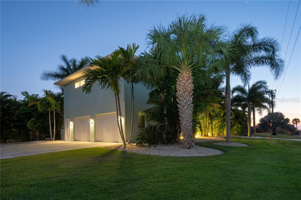 Sellers Property Disclosure - Single Family Home for sale at 721 Granada Ave, Venice, FL 34285 - MLS Number is A4461126
