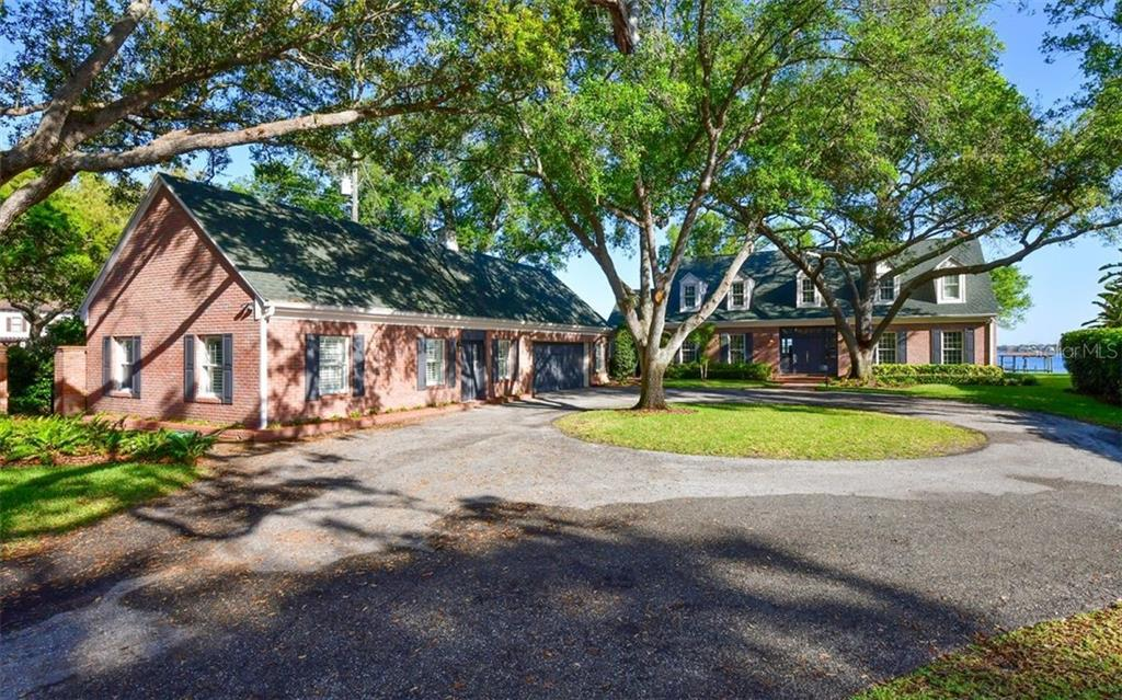 Single Family Home for sale at 4700 Riverview Blvd, Bradenton, FL 34209 - MLS Number is A4462708