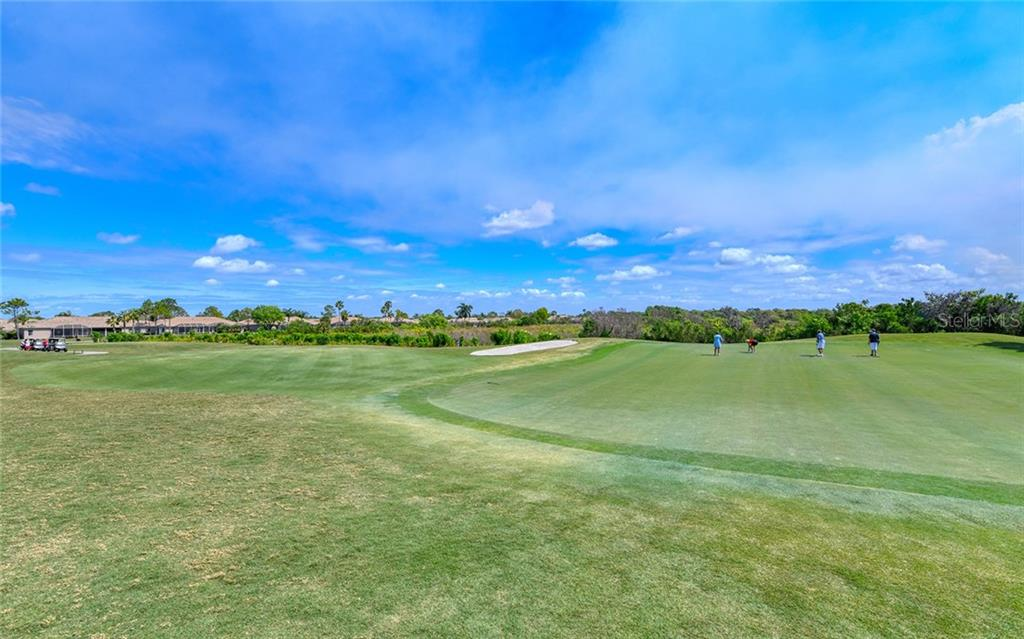 Heritage Oaks Country Club - Villa for sale at 4605 Samoset Dr, Sarasota, FL 34241 - MLS Number is A4463082