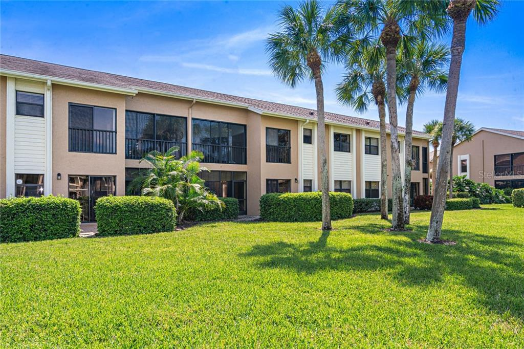 Condo for sale at 5275 Heron Way #102, Sarasota, FL 34231 - MLS Number is A4463139