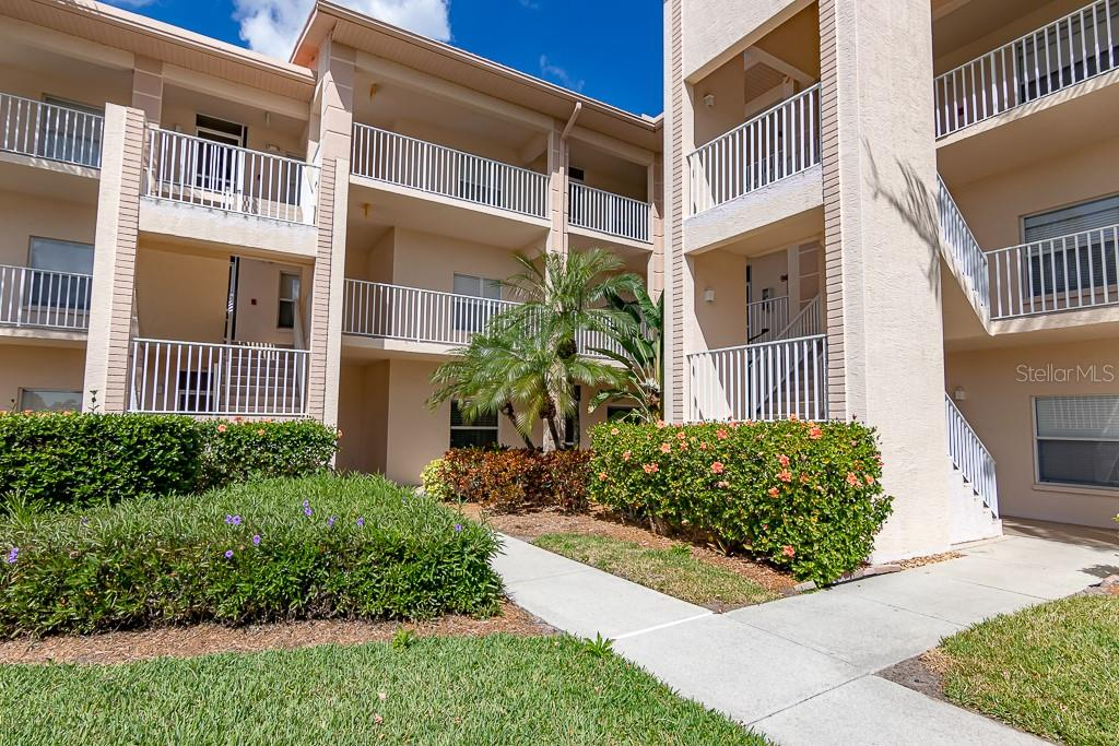 First Floor, easy access - Condo for sale at 9630 Club South Cir #6102, Sarasota, FL 34238 - MLS Number is A4463325