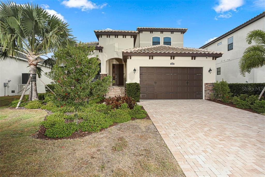 5831 Title Row Dr