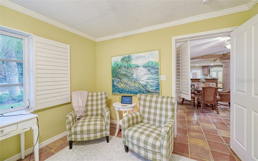 SHUTTERS THROUGHOUT THE HOME FOR PRIVACY BUT SO MUCH NATURAL LIGHT ABOUNDS - Single Family Home for sale at 3 Winslow Pl, Longboat Key, FL 34228 - MLS Number is A4464990