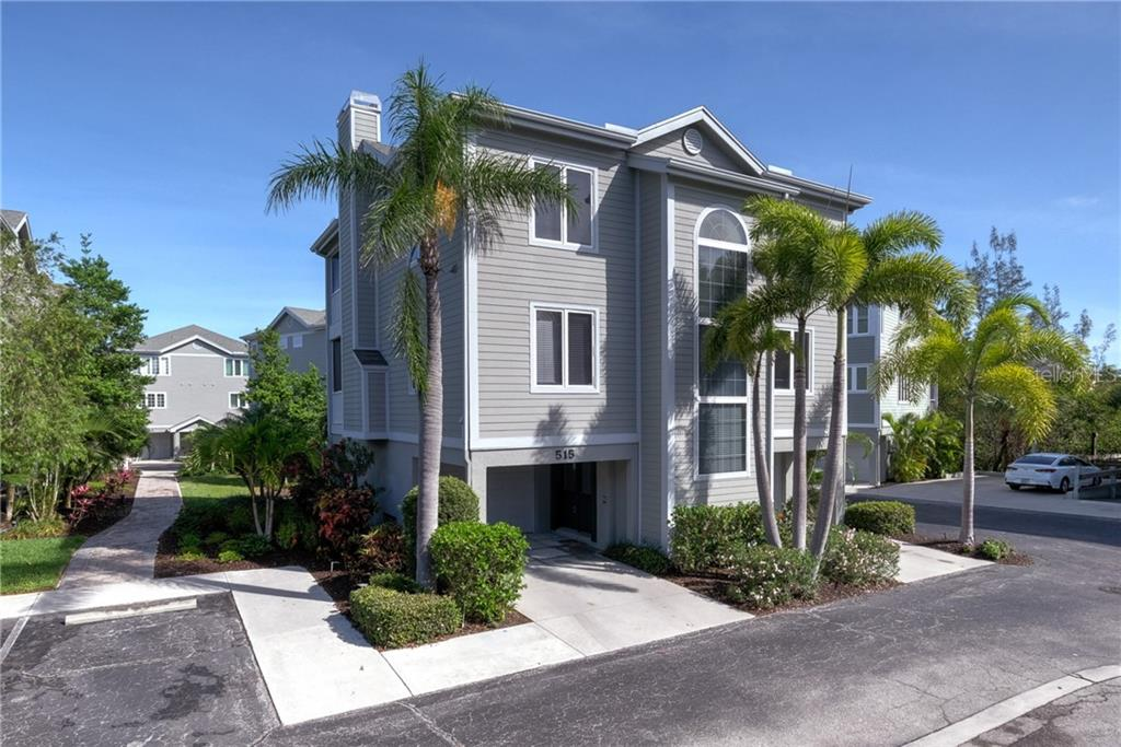 Condo for sale at 515 Forest Way, Longboat Key, FL 34228 - MLS Number is A4465231