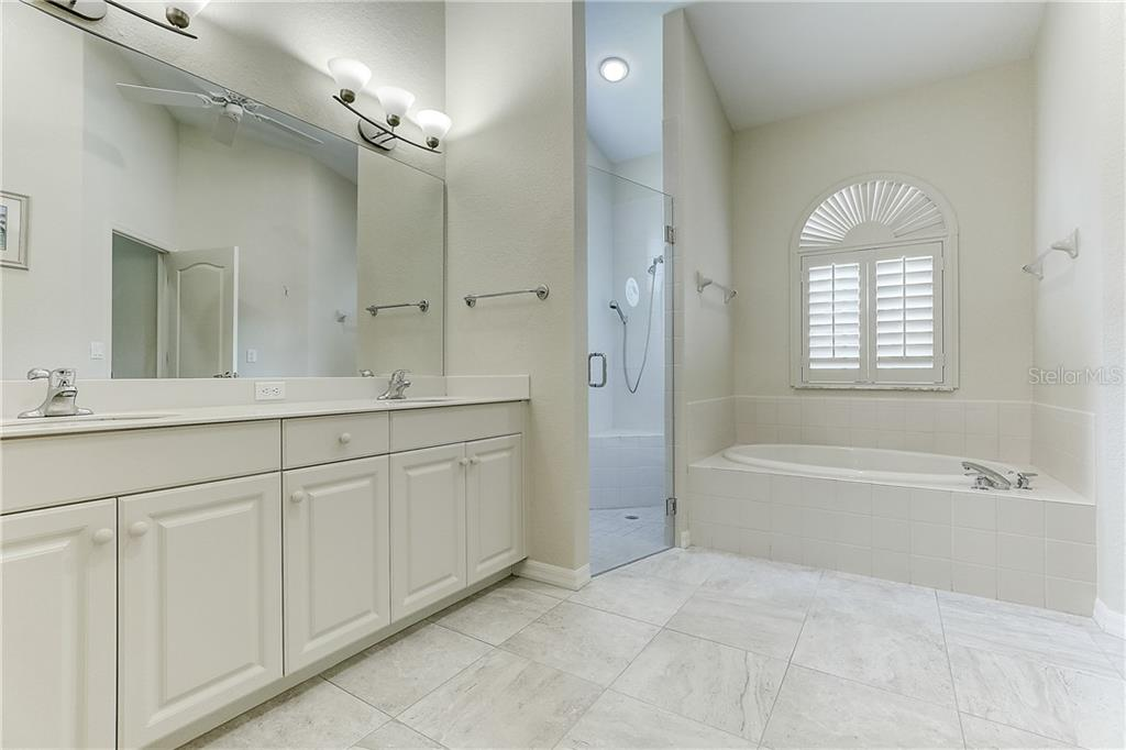Master bathroom - Single Family Home for sale at 4338 Corso Venetia Blvd, Venice, FL 34293 - MLS Number is A4467578