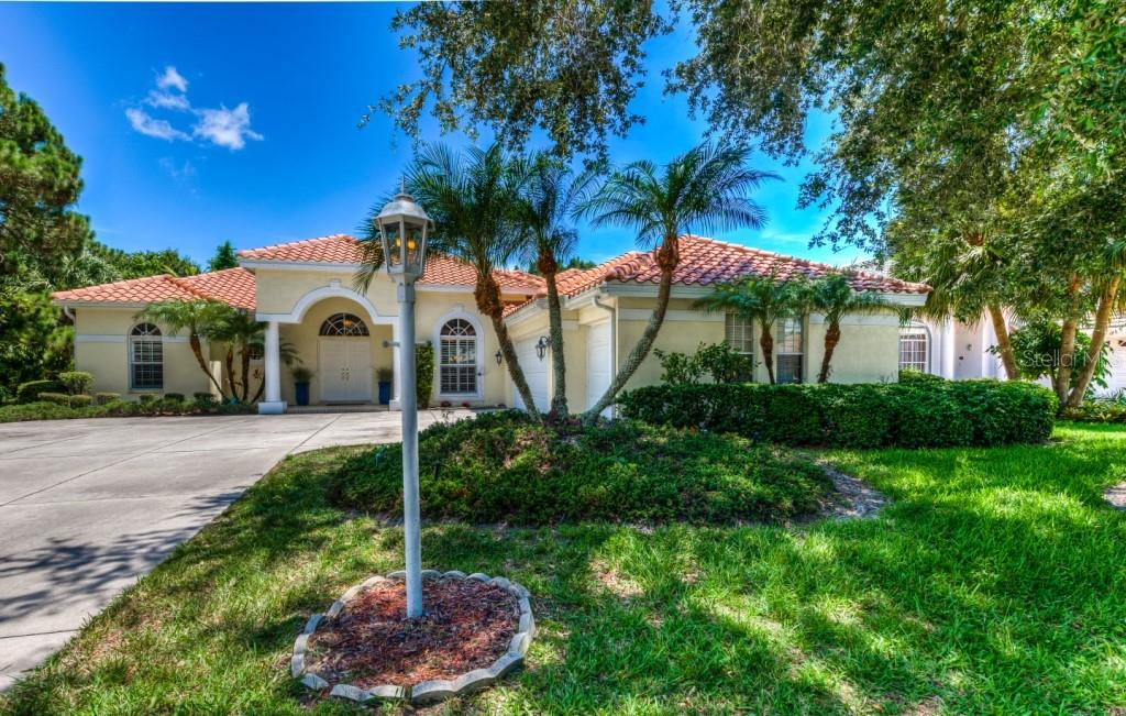 Single Family Home for sale at 6628 Saint James Xing, University Park, FL 34201 - MLS Number is A4470049