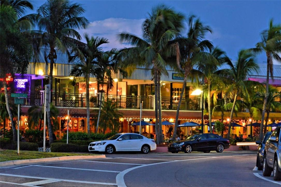 St. Armands boutique shops and restaurants. - Condo for sale at 1300 Benjamin Franklin Dr #708, Sarasota, FL 34236 - MLS Number is A4471978