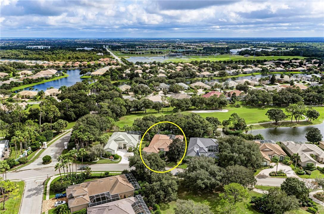Single Family Home for sale at 5129 88th St E, Bradenton, FL 34211 - MLS Number is A4481186