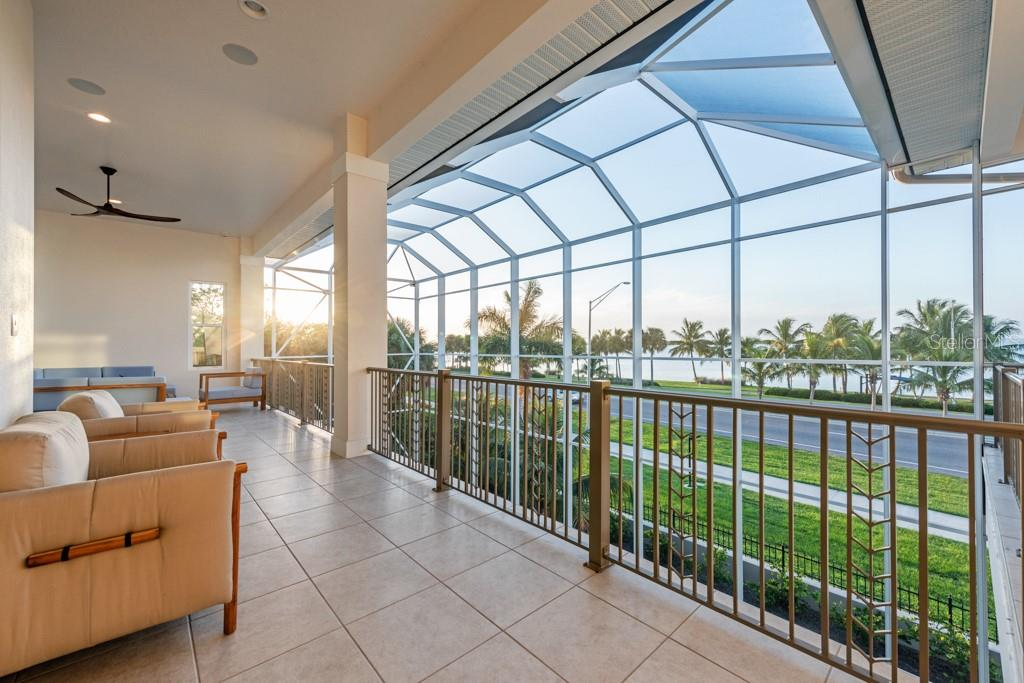 2nd Floor Wrap Around Balcony - Single Family Home for sale at 121 Seagull Ln, Sarasota, FL 34236 - MLS Number is A4483951