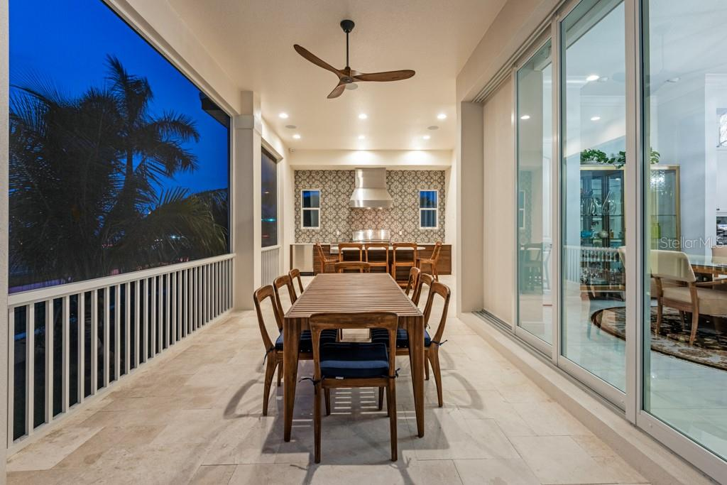 2nd Level Outdoor Dinning Area - Single Family Home for sale at 121 Seagull Ln, Sarasota, FL 34236 - MLS Number is A4483951