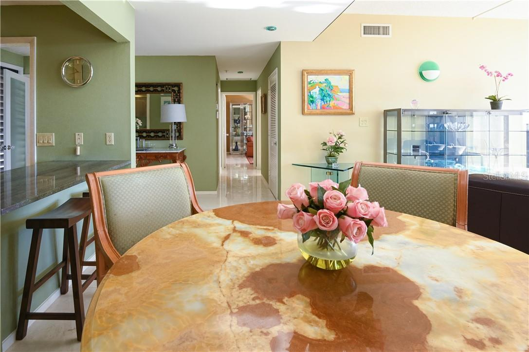 Kitchen with Glossy Cabinets and Recess Lightings - Condo for sale at 1945 Gulf Of Mexico Dr #M2-505, Longboat Key, FL 34228 - MLS Number is A4489188
