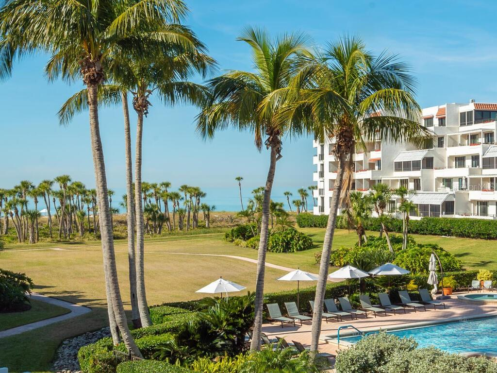 1445 Gulf Of Mexico Dr #203