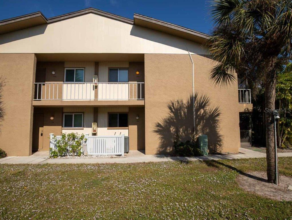 Lead Paint - Condo for sale at 2950 Clark Rd #113, Sarasota, FL 34231 - MLS Number is A4489750