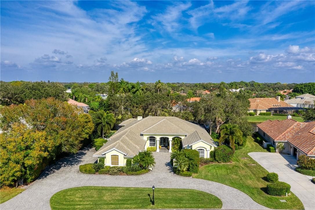 Single Family Home for sale at 7879 Estancia Way, Sarasota, FL 34238 - MLS Number is A4490318