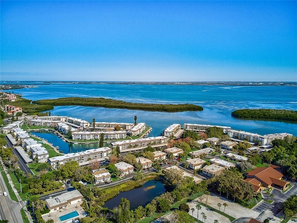 577 Sutton Place Longboat Key Florida 34228 - Condo for sale at 577 Sutton Pl #T-25, Longboat Key, FL 34228 - MLS Number is A4492432