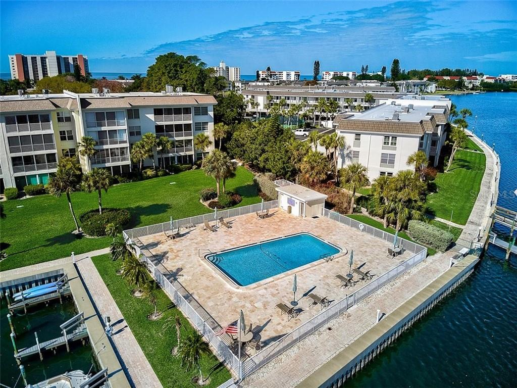 577 Sutton Place Longboat Key Florida 34228 | Sutton Place Heated Bayside Pool - Condo for sale at 577 Sutton Pl #T-25, Longboat Key, FL 34228 - MLS Number is A4492432