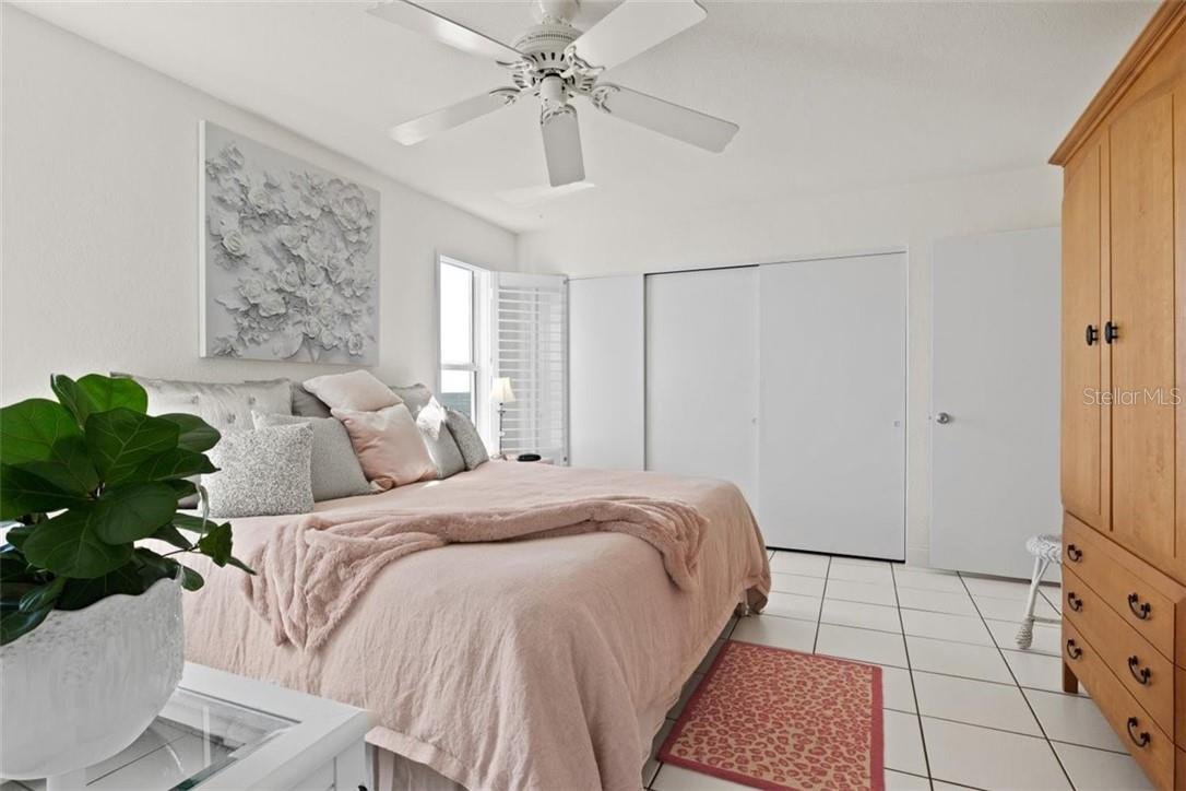 Master Bedroom - Condo for sale at 5400 Gulf Dr #44, Holmes Beach, FL 34217 - MLS Number is A4493017
