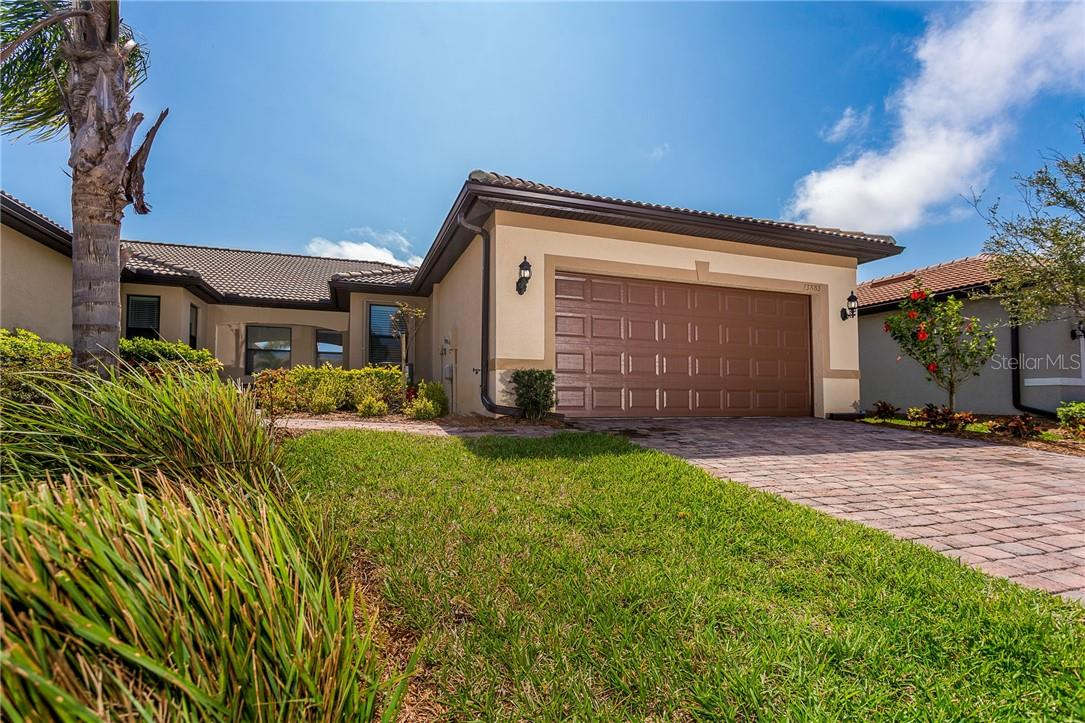 Islandwalk Villa - End unit! - Villa for sale at 13883 Botteri St, Venice, FL 34293 - MLS Number is A4493523