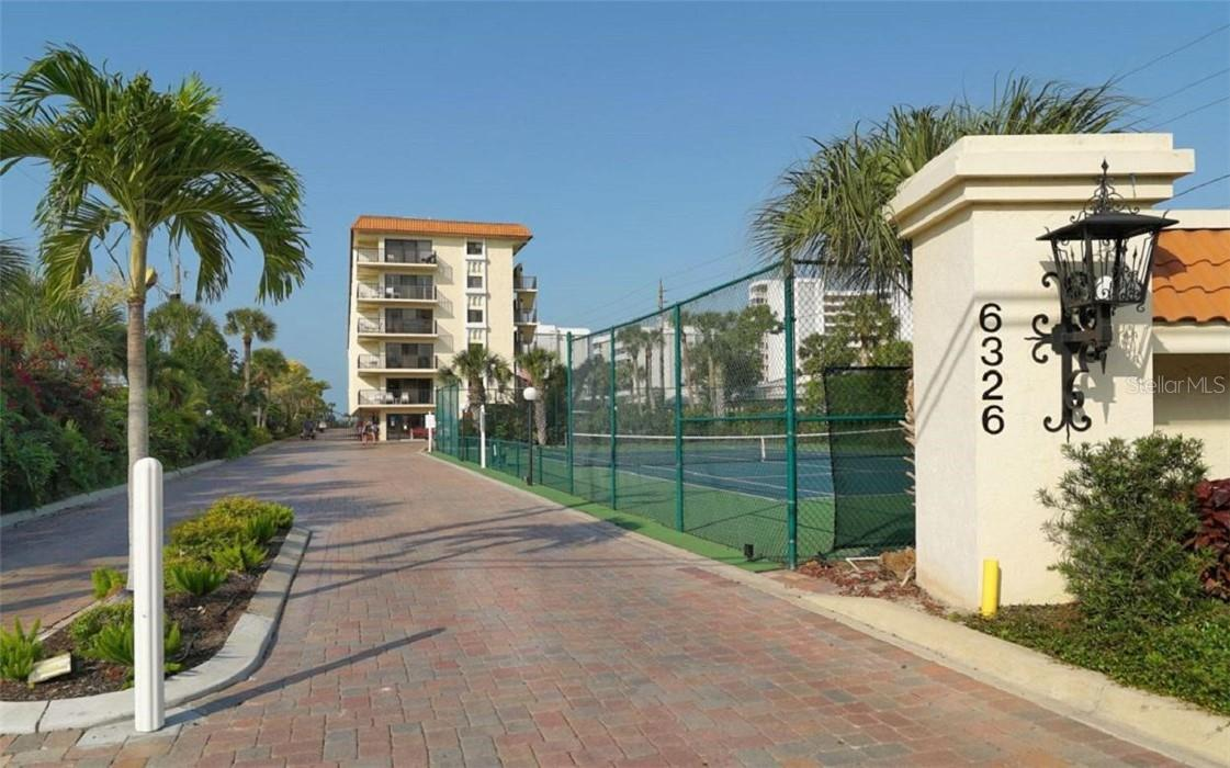 Condo for sale at 6326 Midnight Pass Rd #105, Sarasota, FL 34242 - MLS Number is A4495326