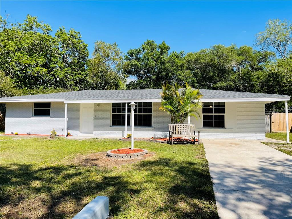 Single Family Home for sale at 4828 Barcelona Ave, Sarasota, FL 34235 - MLS Number is A4495844