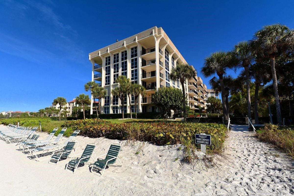 1701 Gulf Of Mexico Dr #303
