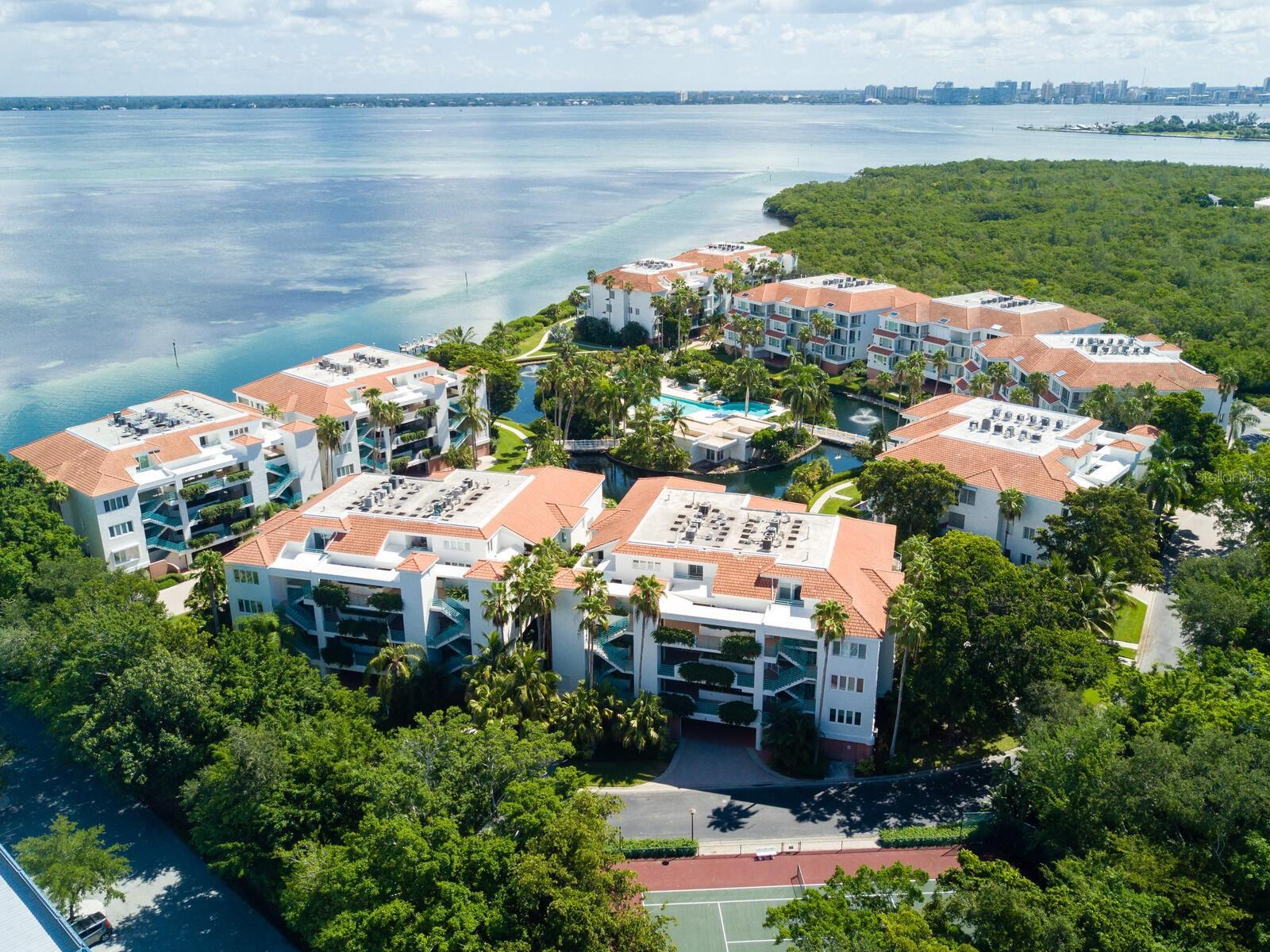 370 Gulf Of Mexico Dr #423