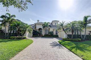 3554 Founders Club Dr, Sarasota, FL 34240