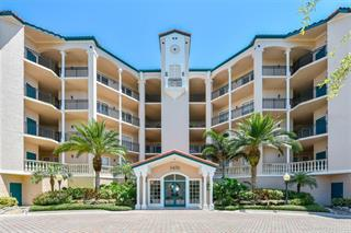 5450 Eagles Point Cir #402, Sarasota, FL 34231