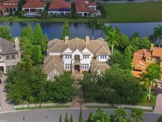 7913 Waterton Ln, Lakewood Ranch, FL 34202
