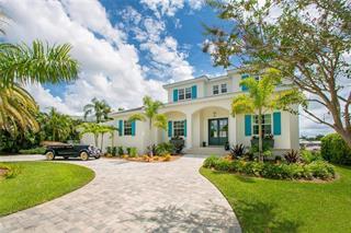 271 Robin Dr, Sarasota, FL 34236
