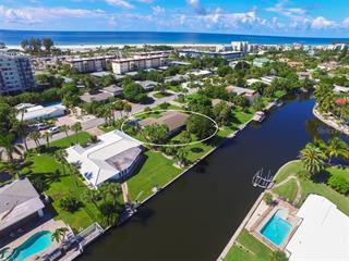 5623 Cape Leyte Dr, Sarasota, FL 34242