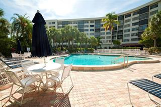 5855 Midnight Pass Rd #219, Sarasota, FL 34242