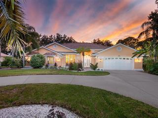 1696 Pine Harrier Cir, Sarasota, FL 34231