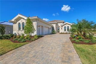 7952 Matera Ct, Lakewood Ranch, FL 34202