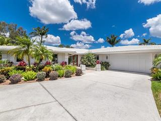 3527 W Forest Lake Dr, Sarasota, FL 34232
