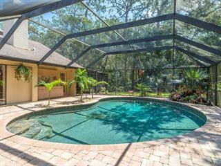 7520 Weeping Willow Dr, Sarasota, FL 34241