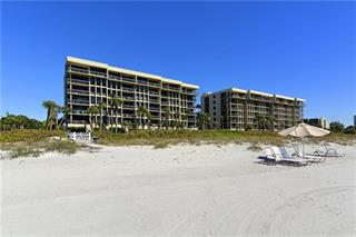 1135 Gulf Of Mexico Dr #106, Longboat Key, FL 34228