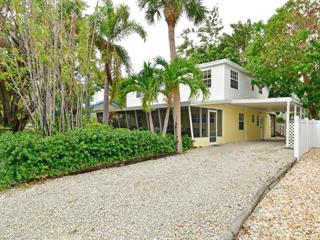 2306 Avenue B, Bradenton Beach, FL 34217