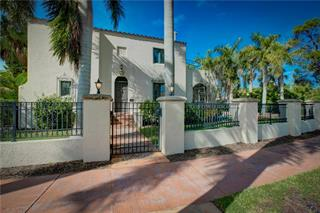 76 S Washington Dr, Sarasota, FL 34236