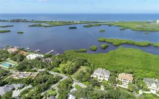 132 Osprey Point Dr, Osprey, FL 34229