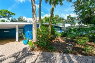 5239 Winding Way, Sarasota, FL 34242