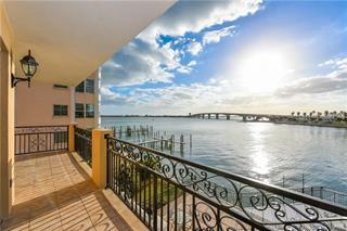 166 Golden Gate Pt #32, Sarasota, FL 34236