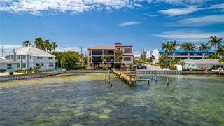 117 10th St N #122, Bradenton Beach, FL 34217