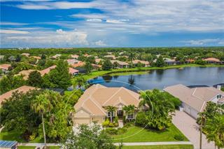8019 Royal Birkdale Cir, Lakewood Ranch, FL 34202