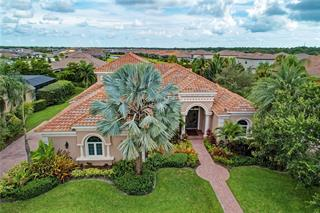 5320 Hunt Club Way, Sarasota, FL 34238